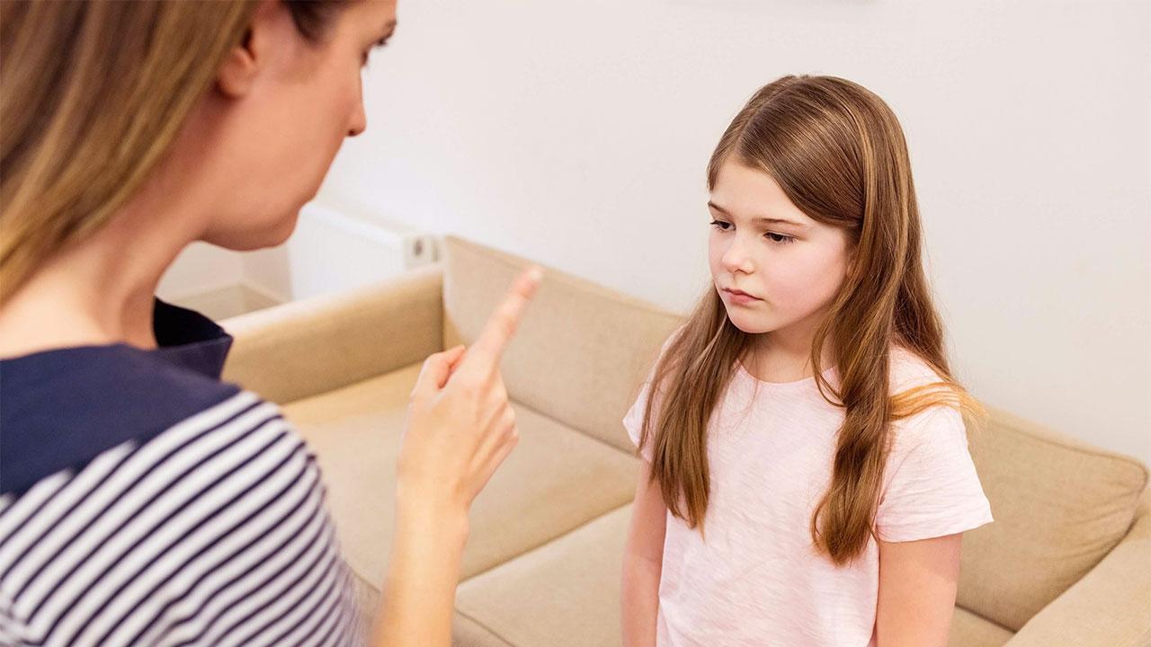 Ebeveyn Çocuğuna Öfkelendiğinde Nasıl Davranmalı?