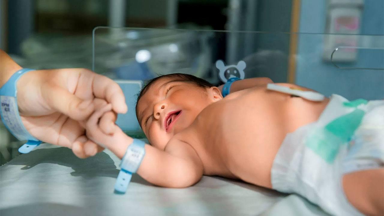 Bebekler İçin Doğum Bir Travma mıdır?